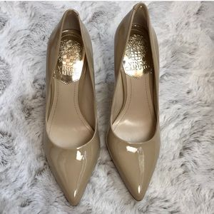 Vince Camuto patent nude point heels size 5